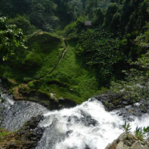 Tad Gneuang Waterfall
