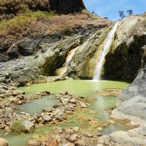 Source d'eau chaude... on a pu s'y baigner!