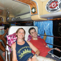 un bus dans lequel on peut dormir allonges! Le grand luxe!!!