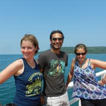 Sur le ferry avec Maria et Pablo