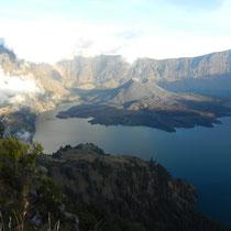 Vu sur le lac et le sommet du Rinjani