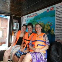 On nous demande de porter les gilets de sauvetages au port