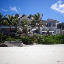 Wie in der Fototapete: Hotel Banyan Tree Seychelles