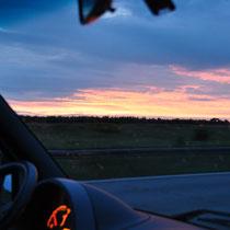 Es wird Abend auf der Autobahn
