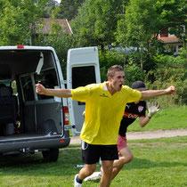 Mia vs. Teilis Kick