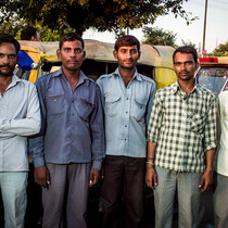 Group photo of the auto rickshaw drivers