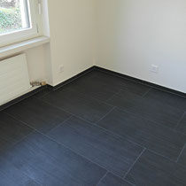 Plattenarbeiten Küchenboden