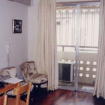 ガーナの部屋1