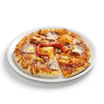 knuspriger Boden, Tomatensoße, Mozzarella, würzig-scharfe Wurstsorten, Paprika, Pfefferoni, aromatische Gewürze