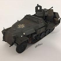 Schützenpanzerwagen Sd.Kfz. 251 mit FlaK - 1:35
