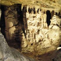 Cangoo Caves