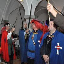 Aus dem Zeremonium des doppelten Ritterschlags