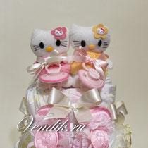 Торт из памперсов. Подарок на рождение двойняшек.