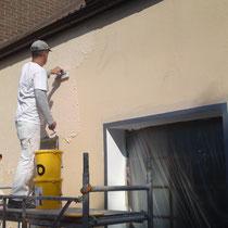 Wandfläche wird neu verputzt