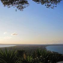 18 km lang und an der schmalsten Stelle 2 km breit - Formentera von La Mola aus