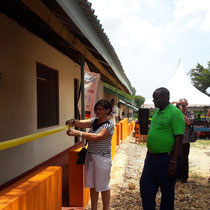 Maria Schneider eröffnet offiziell das zweite Schulgebäude