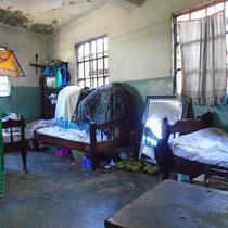 Zum Vergleich der alte Aufenthaltsraum und gleichzeit das Schlafzimmer