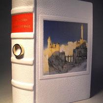 Der Herr der Ringe von J.R.R. Tolkien in glattes weißes Leder gebunden. N°533