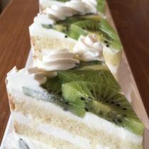 季節のフルーツのショートケーキ450円