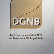 Platz 1 - erstes Fertighaus mit der Goldmedaille für Nachhaltigkeit Bien Zenker