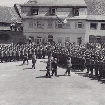 Die Walldürner Panzergrenadiere treten zum Ersten Mal in der Öffentlichkeit an.