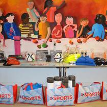 Karstadt Sport Mitarbeiter spenden