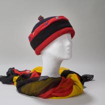 Peking, fröhliche Mütze, sowohl für jüngere alsauch für ältere Damen geeignet