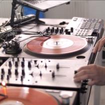 """DJ-Workshop im Rahmen von """"Deine Urban Area"""" in Detmold // Präsentation der Ergebnisse in Bürgerpark // WDR Lokalzeit"""