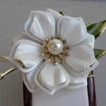 """P-1696.  Винтажная американская брошь """" Голубой цветок"""", CORO. Идеальная сохранность, очень нежное и женственное украшение! Размер 6х5см."""