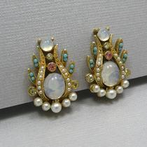 P-1632. Винтажные серьги-клипсы от марки. Ювелирный сплав, декор кабошонами и кристаллами. Редкое украшение.