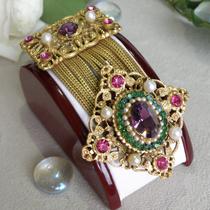 Винтажная брошь-орден от лакшери бренда FRANCOUS. Ювелирный сплав оттенка античного золота, австрийские кристаллы. Длина 8см.