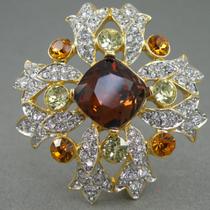 """P-1717. Дизайнерская брошь """"Мальтийский крест"""" от американского ювелира KENNETH JAY LANE. Ювелиртый сплав с позолотой 24К, кристаллы Сваровски. Диаметр 5см."""
