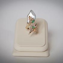 P-1623. Необыкновенно красивое и утонченное кольцо от американского дизайнера ALEXIS BITTAR. Белоснежная орхидея декорирована полудрагоценными камнями, эмалями, перламуторвым люцитом, камнями Сваровски и золотым покрытием 24К.