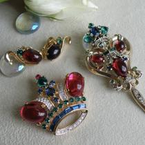 Коллекционные антикварные украшения от знаменитого американского бренда Trifari! Великолепные и желанные: брошь большая корона, серьги клипсы и брошь( меховая клипса) Талисман! Все украшения имеют маркировку, прекрасное состояние! Раритет