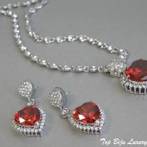 """P-1688. Комплект из фианитовой коллекции """"Hearts"""" . Изящные сверкающие украшение декорированфианитами в алмазной огранке. Очень красивый комплект для стильной Леди. Длина серег 5см."""