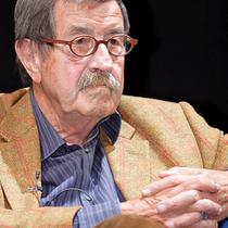 Günter Grass bei einer Lesung seines Buchs «Beim Häuten der Zwiebel» 2006.