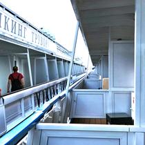 St. Petersburg | MS Exellence Katharina | Unsere Bleibe für 10 Tage | Im Hafen «Schiff neben Schiff»