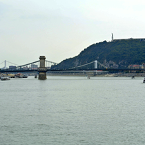 Budapest | Kettenbrücke | Gellértberg | Freiheitsstatue.