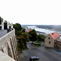 Bratislava | Blick von der «Pressburg» auf die Donau.