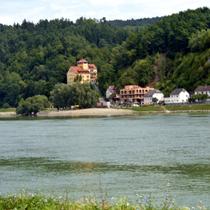 Brandstatt | Kurze Rast nach dem Start | Blick über die Donau.