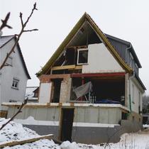 Umbau, Anbau und energetische Sanierung Einfamilienhaus in Winterbach | Abbruch der Aussenwand für den neuen Anbau