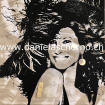 Bild von Daniela Schorno: lächelnd mit Hut im Wind 120 x 120