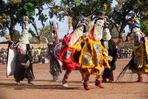 Masque ; afrique ethnie ; tradition ; festima ; dédougou ;  folkore ; masque africain