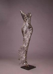 Female sculpture metal