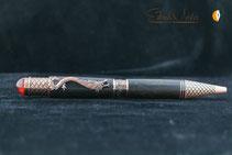 Handgemachter Drachen Stift aus Ebenholz gedrechselt