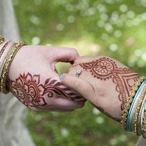 LGBTQ wedding Devon Cornwall. Fusion British Indian wedding for lesbian brides.  Bridal mehndi for everyone by henna artist Red Hand Henna