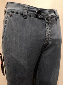 Jeans Brühl tessuto ultralight tasca a filo