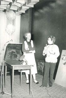Madame SOUBRANE au Cercle des Officiers de Lyon, avec Mick MICHEYL à l'occasion d'une exposition de ses oeuvres