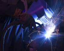 Qualified welders all categories, TÜV/ASME certified; MIG, GMAW, WIG, TIG and E welders.