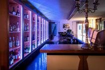 Barfachschule Thörig Zürich,Barfachschule-Blog,Barschule-Blog,Barfachschulezuerich-Blog,Barkurs-Blog,Cocktailkurs-Blog,Barkurs, Barkurs-Zürich, Barfachschule, Barfachschule-Zürich, BarschuBarkurs Cocktailkurs Ansicht von links, Barkurs Hobby, Bar Workshop